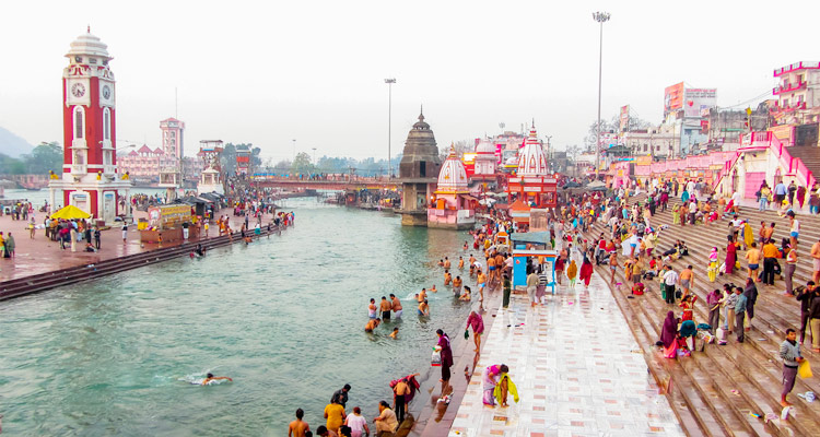 Har ki Pauri with One Day Haridwar and Rishikesh Local Sightseeing Trip by Car