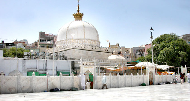 One Day Jaipur to Ajmer and Pushkar Trip by Car Dargah Sharif