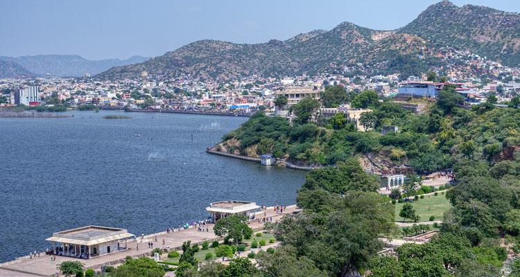 One Day Jaipur to Ajmer and Pushkar Trip by Car Nasiyan Temple and Ana Sagar Lake