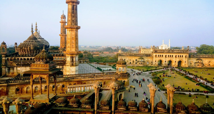 One Day Lucknow Local Sightseeing Trip by Car Bara Imambara