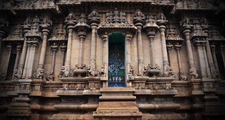 One Day Madurai Local Sightseeing Trip by Car Koodal Azhagar Temple