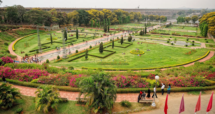 One Day Mysore Local Sightseeing Trip by Car Brindavan Garden