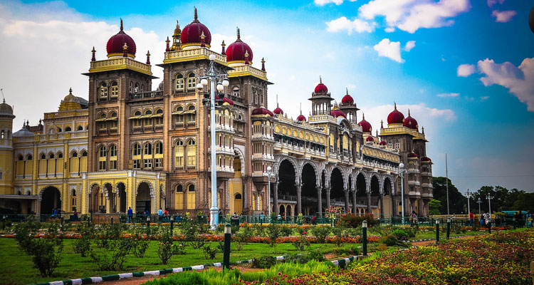 Package Glimpse One Day Mysore Local Sightseeing Trip by Car