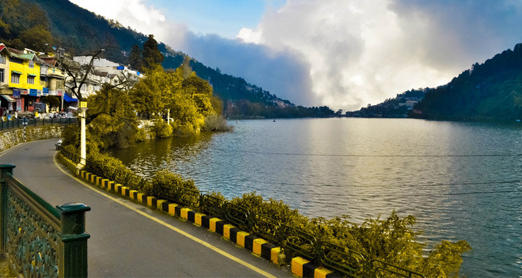 One Day Nainital Local Sightseeing Trip by Car Thandi Sadak