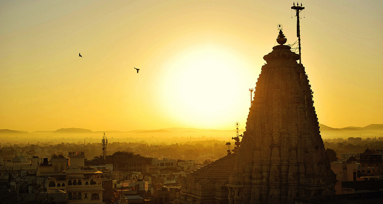 One Day Udaipur Local Sightseeing Trip by Car Jagdish Temple