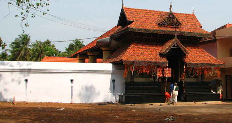 1 Day Coimbatore to Thrissur and Guruvayur Tour by Cab Arattupuzha temple
