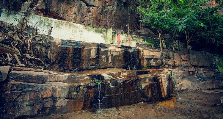 1 Day Hyderabad to Srisailam Mallikarjuna Tour by Cab Paladhara Panchadara
