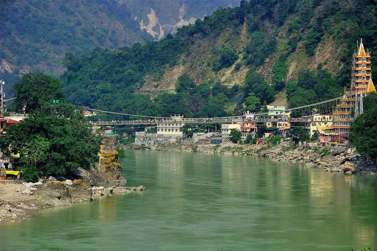 Visit Lakshman Jhula with One Day Delhi to Haridwar and Rishikesh Sightseeing Tour Package by Cab