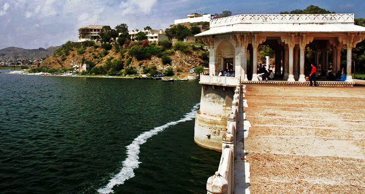 1 Day Ajmer and Pushkar Local Sightseeing Tour Nasiyan Temple and Ana Sagar Lake