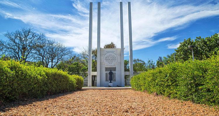 1 Day Chennai to Pondicherry Tour by Cab War Memorial