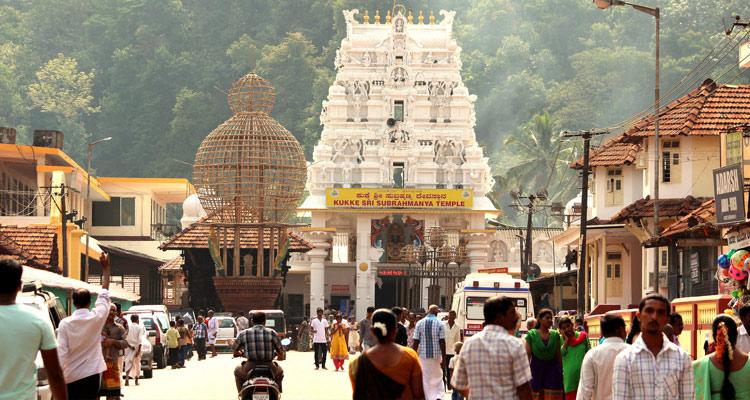 1 Day Chennai to Sri Kalahasti Tour by Cab Subramanya Swamy Temple