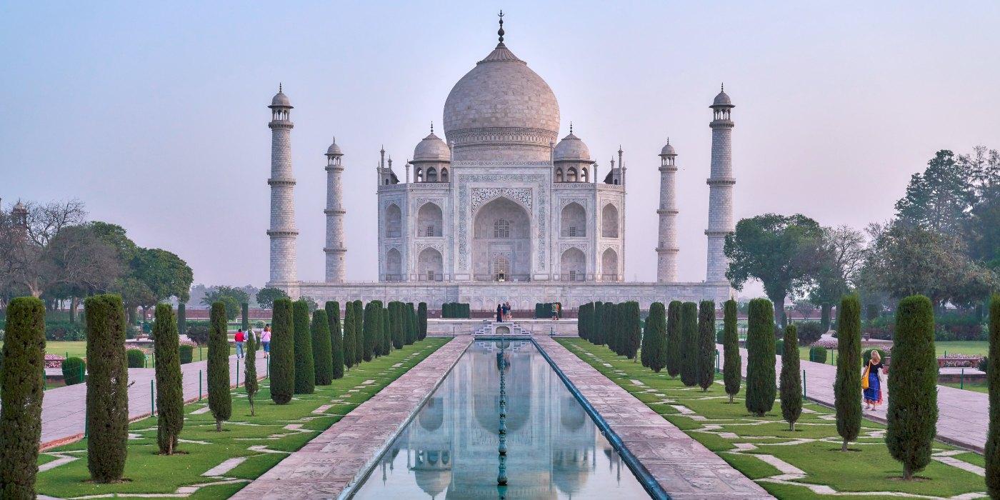 1 Day Delhi to Agra Trip by Cab