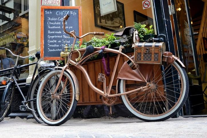 Rent a bike, Amsterdam