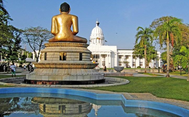 Viharamahadevi Park (formerly Victoria Park)