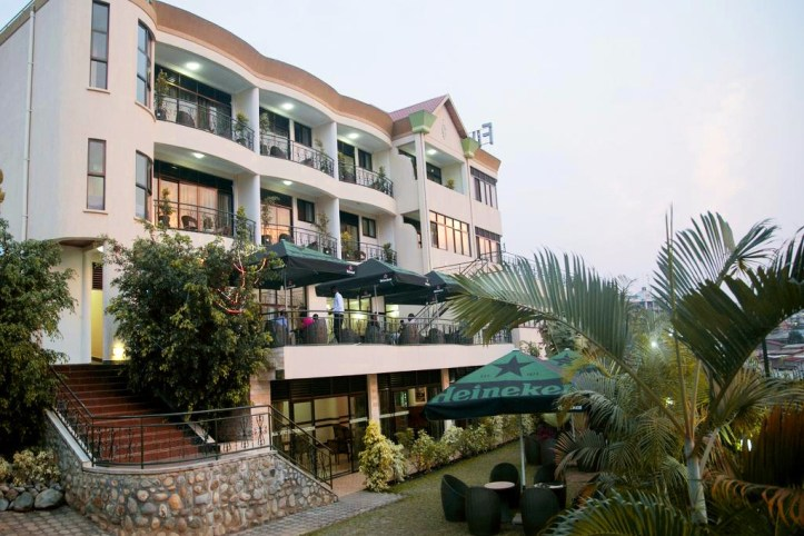 Five to Five Hotel