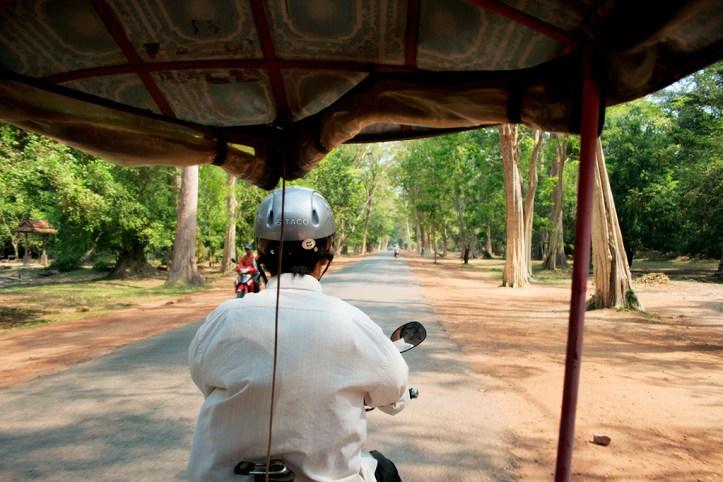 Tuk tuk Ride Angkor Wat