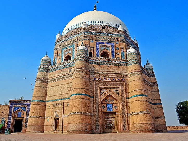 Shrine of Shah Rukn e Alam 2