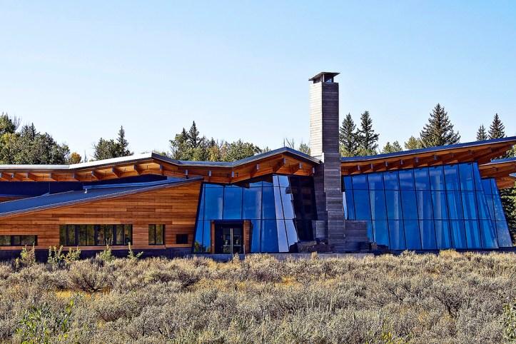 Craig Thomas Discovery & Visitor Center