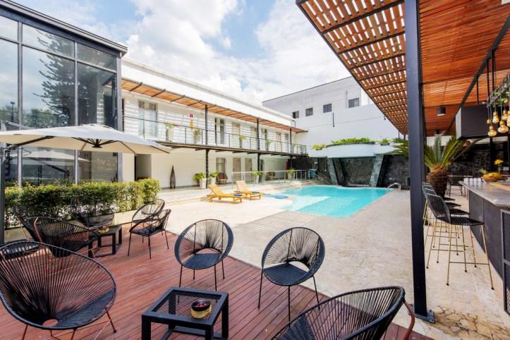 Medellin Vibes Hostel Pool