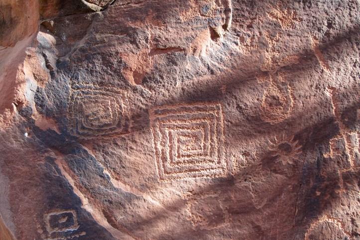 Sinagua petroglyphs, Sedona