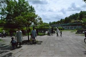 山崎公園プール前