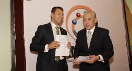 AMIPCI y CANACINTRA firman convenio de colaboración para incrementar el uso de Internet en la industria