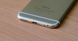 Aprueban nueva ley que permitirá que los símbolos grabados en la parte trasera de tu smartphone desaparezcan