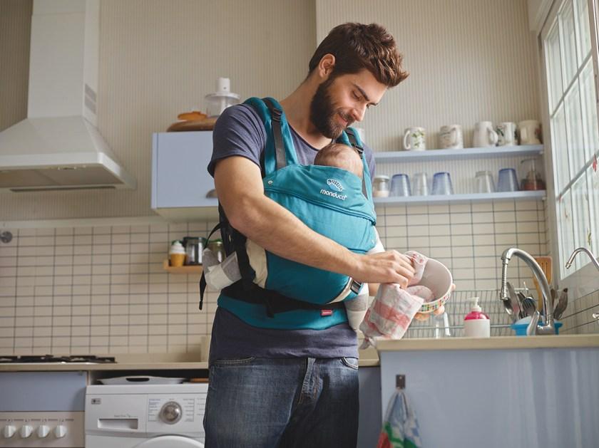 mabcpe_petrol_dad-in-the-kitchen_150dpi_rgb