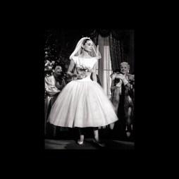 Audrey Hepburn,50es évek stílusú menyasszonyi ruha 4 / Audrey Hepburn 50s style wedding dress 4 Forrás:http://www.cuttingedgebrides.com