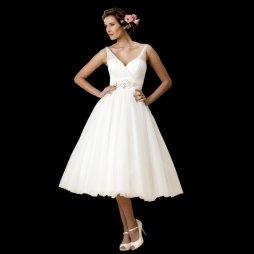 50es évek stílusú menyasszonyi ruha 5 /50s style wedding dress 5 Forrás:http://www.cuttingedgebrides.com