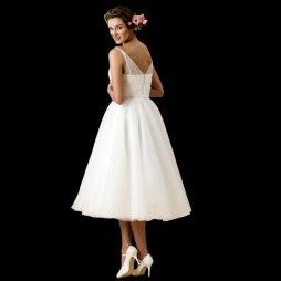 50es évek stílusú menyasszonyi ruha 6 / 50s style wedding dress 6 Forrás:http://www.cuttingedgebrides.com