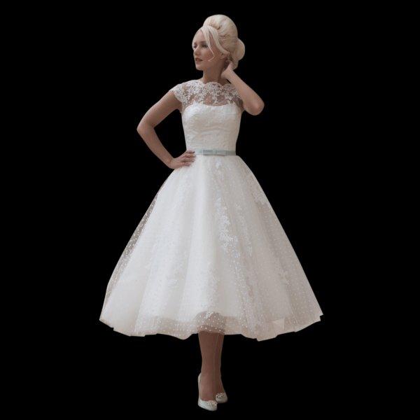 Pöttyös 50es évek stílusú menyasszonyi ruha 9 / Polka dots 50s style wedding dress 9 Forrás:http://www.cuttingedgebrides.com