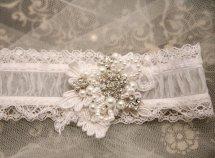 Esküvői harisnyakötő 12 , Bridal garter 12 Forrás:http://www.etsy.com