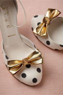 Menyasszonyi pöttyös cipő / Bridal polka-dot-shoe Forrás:http://www.onewed.com