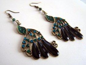 Páva fülbevaló, Peacock earring Forrás:http://www.etsy.com
