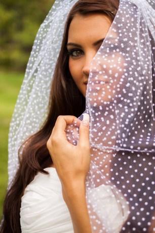 Pöttyös menyasszonyi fátyol 2 /Polka-dots-and-spots-wedding veil 2 Forrás:http://www.bravobride.com