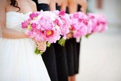 Rózsaszín menyasszonyi csokor /Pink bridal bouquet Forrás:www.bollea.com