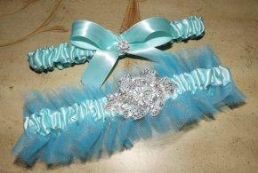 Türkiz kerámia csokor , Turquoise wedding garter Forrás:http://www.etsy.com