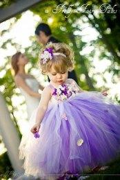 Lila tütü virágszirom szóró lányka ruha 2 ,Purple tutu flower girl dress 2 Forrás:http://www.etsy.com/