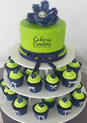 Lime és tengerészkék cupcake menyasszonyi torta , Lime green and navy cupcake wedding cake Forrás:http://cakerycreation.blogspot.hu/