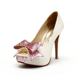 Rózsaszín csillogó masnis magassarkú cipő , Bridal highheels with pink glitter bow Forrás:http://www.etsy.com/