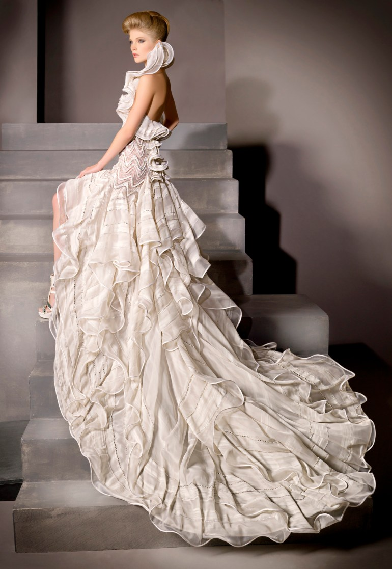 Blanka Matragi menyasszonyi ruha 10 , Blanka Matragi wedding gown 10 Forrás:http://www.blankamatragi.cz