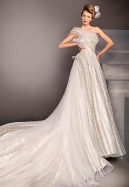Blanka Matragi menyasszonyi ruha 4 , Blanka Matragi wedding gown 4 Forrás:http://www.blankamatragi.cz