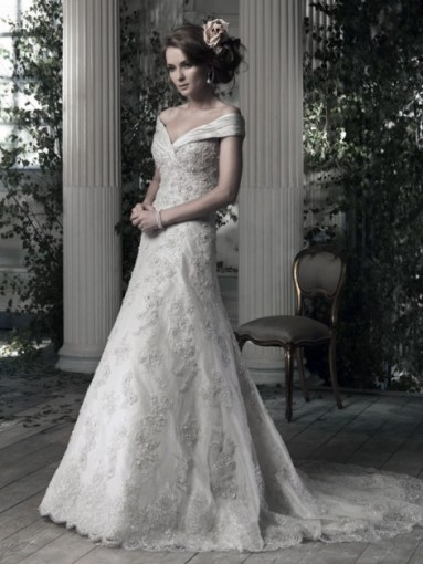 Ian Stuart Frill Me Collection Evita Forrás:http://www.ianstuart-bride.com/