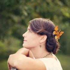 Menyasszonyi frizura ,hosszú barna hajból 20, Bridal long brown hair 20 Forrás:http://www.etsy.com