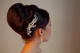 Menyasszonyi frizura ,hosszú barna hajból 23, Bridal long brown hair 23 Forrás:http://www.etsy.com