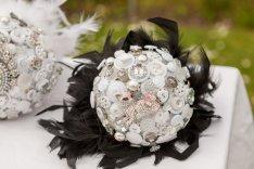 Gombos menyasszonyi csokor 5, Button bridal bouquet 5 Forrás: www.etsy.com