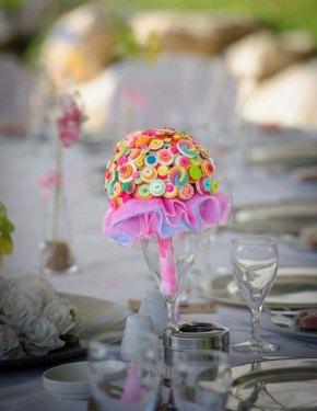 Gombos menyasszonyi csokor , Button bridal bouquet Forrás: www.etsy.com