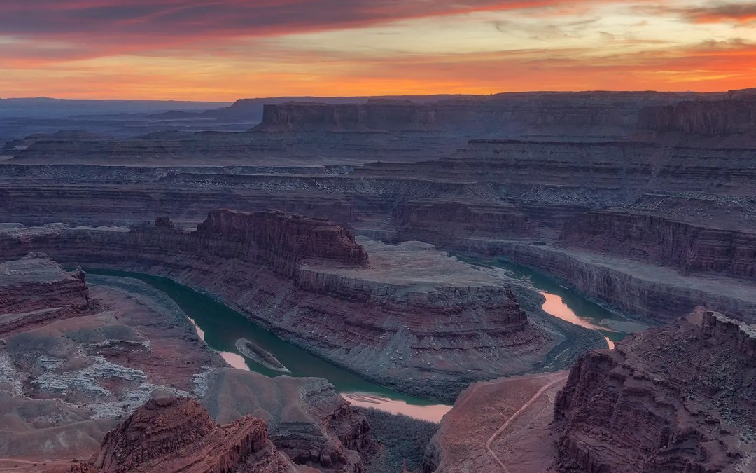 9 Unreal Sunrises & Sunsets from Moab, Utah