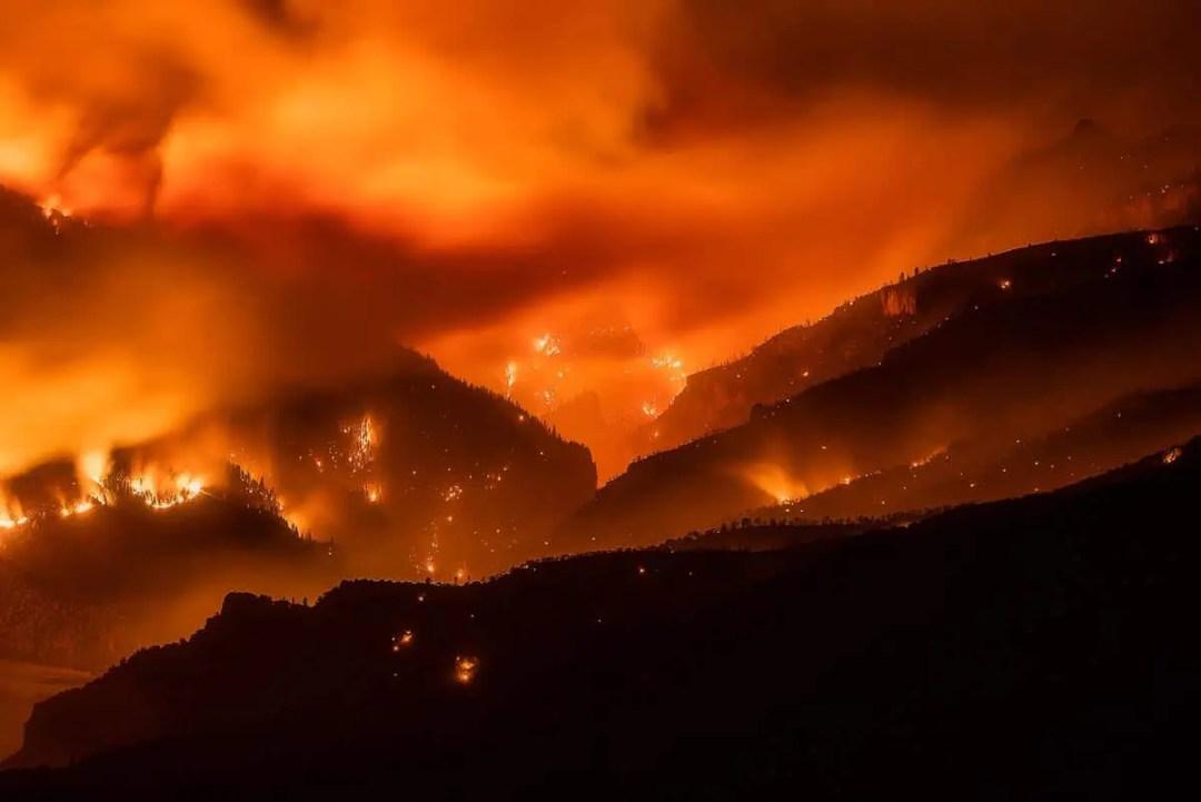 Grizzly Creek Fire Colorado